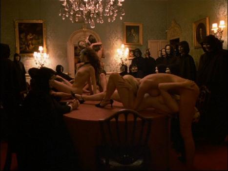 Eyes Wide Shut (1999): Absurditas Seksual untuk Melawan yang Normal